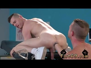 Gay black bubble butt fisting axel abysse gets nude and raises his legs