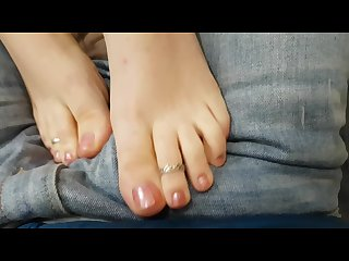 Sexy pink toes toe rings footjob through jeans jbbj