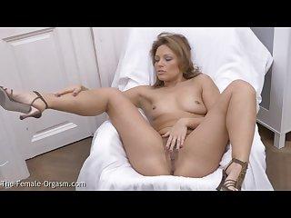 Hairy milf masturbates her fleshy pussy lips to orgasm