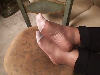 Eboby pantyhose feet again