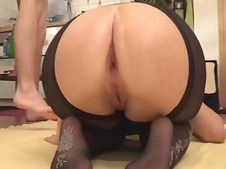 Huge toys and fisting for young wide ass homemade porn video