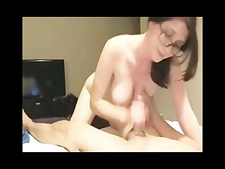 Nerdy babe dirty talk blowjob
