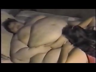 Ssbbw lesbians teighlor gets her pussy eaten by her fat lover