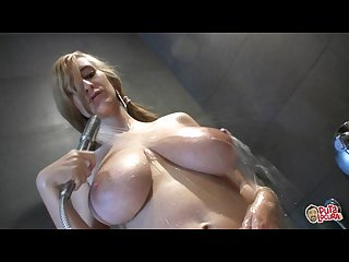 Eli pierced chick with huge natural tits takes a shower