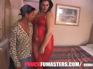 Big 6 foot tall amazon booty white girl takes on small asian man doggystyle