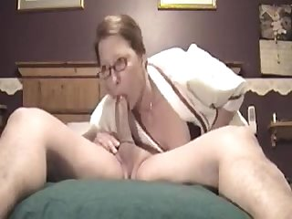 Ugly mature shows she can still make cock grow hard with deepthroat skills4