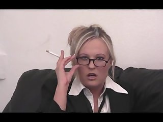 Smoking secretary