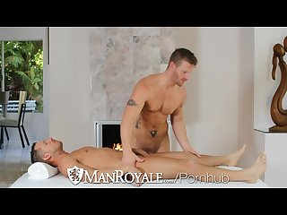 Manroyale Shane frosts swallows big load from jeremy stevens