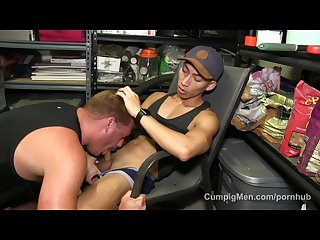 Ryan raz stuffs his throat with hung asian David ace