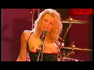 Hole s courtney love in topless on stage at the big day out 1999