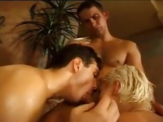 Womans massage becomes 3way with two bi guys