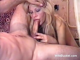 Home video wife deepthroating born suck queen