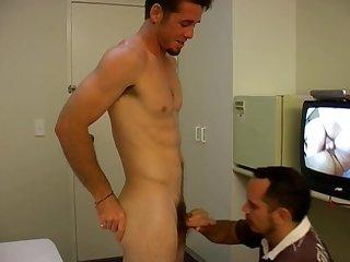 Aussie bloke kirk getting milked