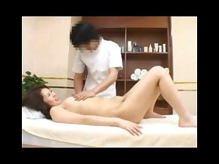 Spycam young woman fucked by massager in health spa