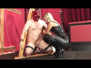 Mistress nikki Ballbusting
