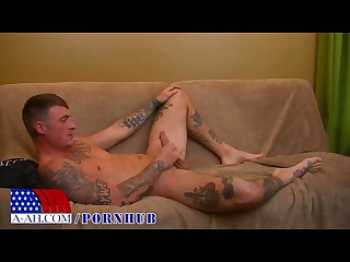 Hung and ink d Military mechanic