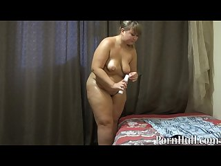Fat bbw with hairy by a pussy handjob