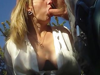Amateur milf sucking old men in park Dogging