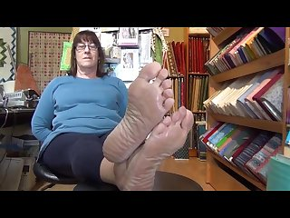 Mature bbw smelly soles
