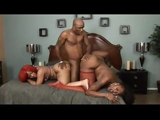 Ms cleo and luscious louis in a hot steamy threesome