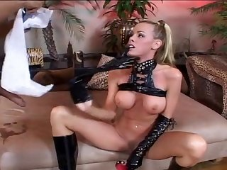 Nicole latex slut