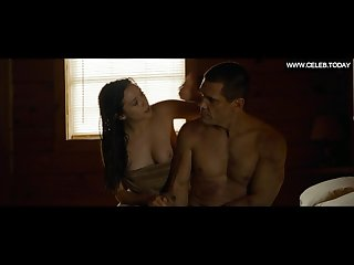 Elizabeth olsen explicit sex scenes big boobs topless oldboy 2013
