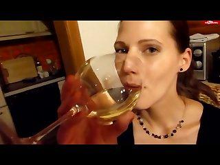 Piss drinking viktoria 4