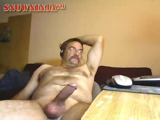 Hairy verbal daddy perving out
