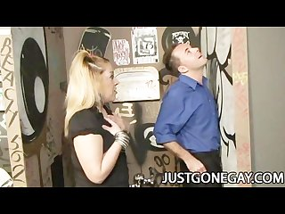 Hot dude tries the glory hole