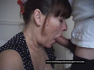 Mature housewife takes a huge oral cream pie for cash