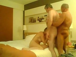 Homemade Bisex party 240p