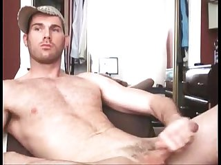 Handsome hairy guy reveals his secret on cam - gayslutcam.com