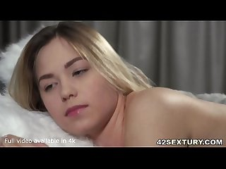 Morning Beauty Selvaggia Charms Kai Taylor for an early Orgasm