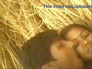 Xtremezone real Desi indian bhabhi fuck in farm