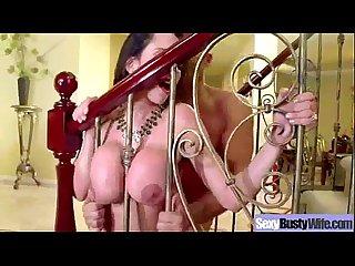 Hard Sex Scene With Naughty Mature Big Tits Housewife (ariella ferrera) clip-05