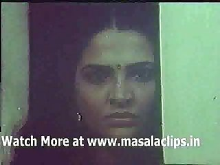 Hot Mallu aunty topless seduction scene at bed