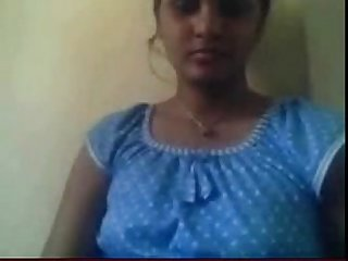 Amateur indian strips on cam - Bunniesoflincoln.com