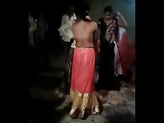 Public Desi bhabhi removing dresses while dancing