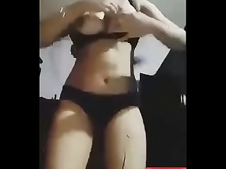 Bangladeshi hot sexy girl wearing shari live cam sex and fingering on her pussy