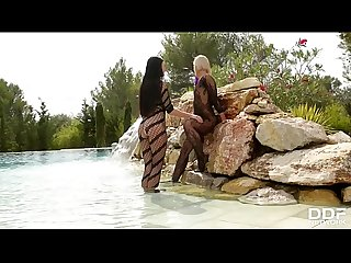 Voluptuous mermaids tracy lindsay lucy li indulge in lesbian foot play
