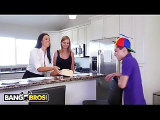 Bangbros juan el caballo loco gets hot milf reagan foxx for his birthday