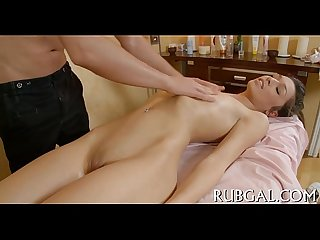 Hot chick makes deep throat orall service