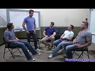 Muscular homos loving a group suck fest