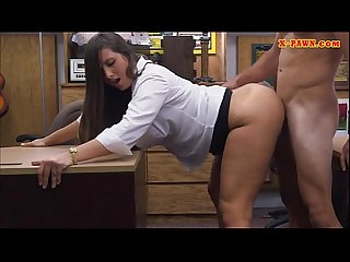 Big butt amateur pawns her pussy and fucked in the backroom