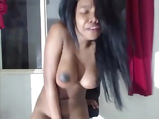 EXPLOSIVE ORGASM AND SQUIRT