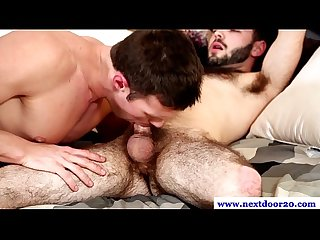 Muscle jock getting blowjob from hunk