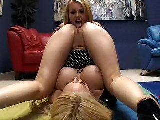 Kagney linn karter and codi asslicking babes