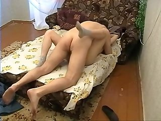 Home made video young pair on bed inzomnia