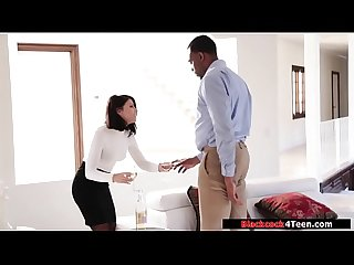 Hot broker sucks clients black dick