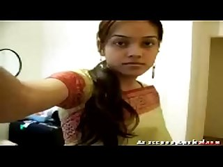 Indian teen strips for you- शुद्ध द�?स�? माल युवा व�?श्या